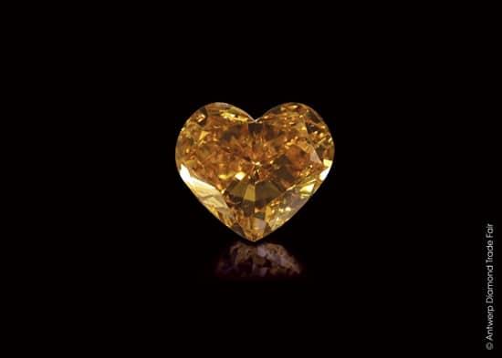Fabulous diamonds selection at Antwerp Diamond Trade Fair