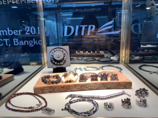 U.S. buyers increasingly turn to handcrafted gem-set Thai jewelry, showcased at JCK Las Vegas 2019