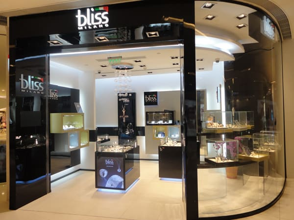 Italian brand Bliss, boutique in Shanghai's business district, Pudong mall,International Finance Centre (IFC)