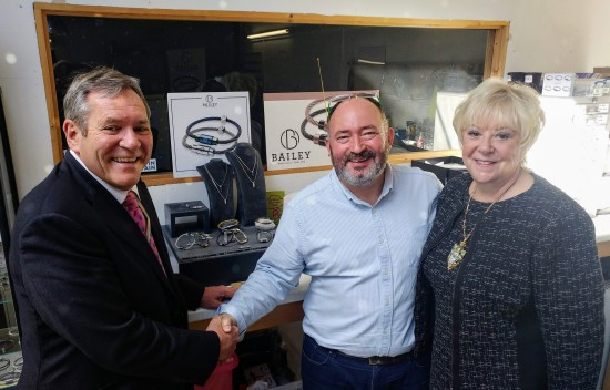 Master Cutler Kenneth Cooke visits Bailey of Sheffield