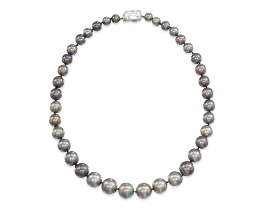 Natural grey pearl necklace achieves record price