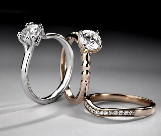 Domino's Diamond Ring Mount Collection