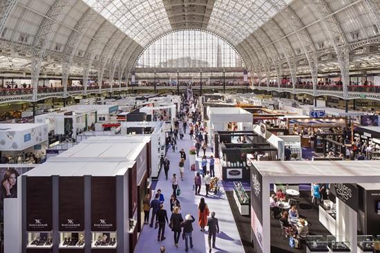 UK craftsmanship tops IJL Christmas buying survey results
