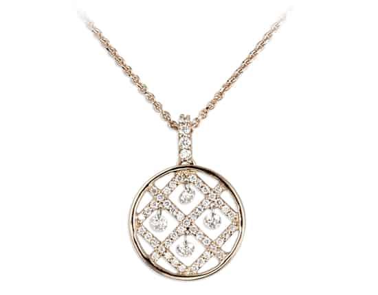 Domino's Diamonds Scintillate at IJL