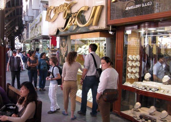Buoyant Chinese, Russian jewel demand at Dubai Shopping Festival