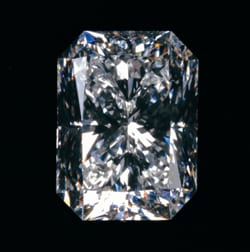 Dubai  Cut, Patent-cut diamonds, Diamond Features.