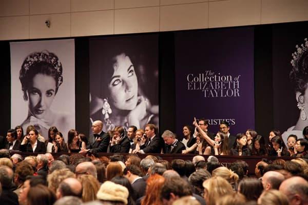 Elizabeth Taylor jewel sale breaks record for single collection