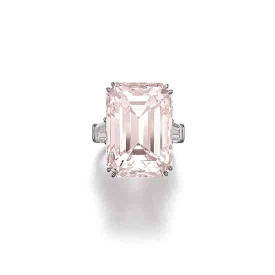 de GRISOGONO necklace sets record for flawless D-colour diamond