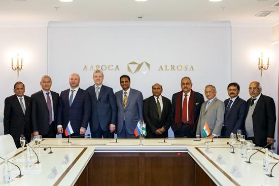 Russia's Alrosa, India's GJEPC deepen ties on diamonds