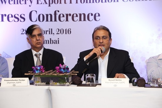 India's gems and jewellery exports decline by 3.46 percent