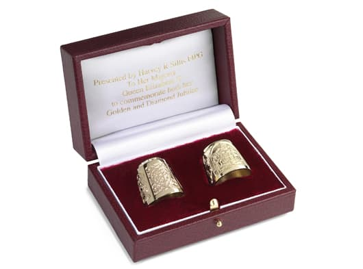 Master Goldsmith creates anniversary thimbles for the Queen