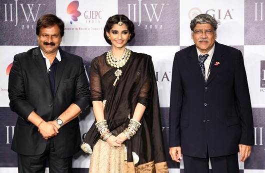 India's IIJW wraps up with Grand Finale catwalk shows
