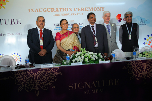 THE IIJS SIGNATURE SHOW AT ITS OPTIMUM IN THE SIXTH EDITION