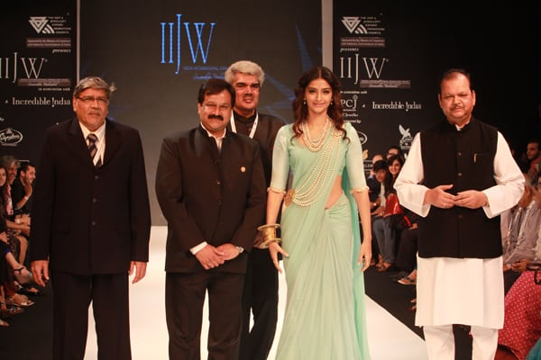 """GJEPC to promote """"Designed and Made in India"""" Jewels"""