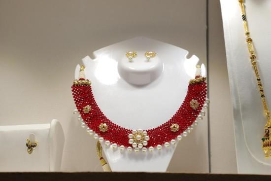 IIJS-handcrafted jewellery
