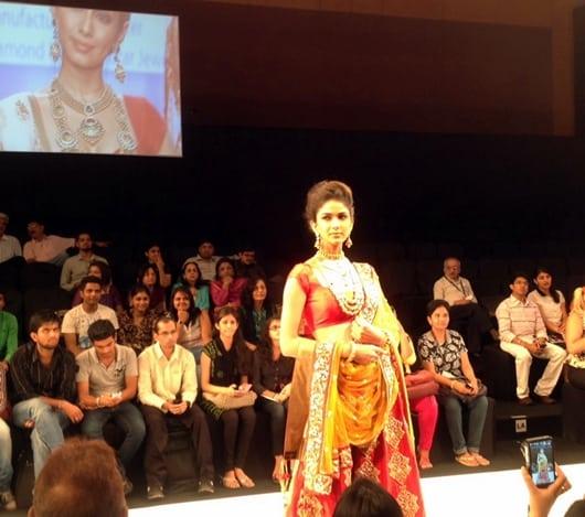 Jewellery News-Laxmi Jewellery keeps Indian tradition alive