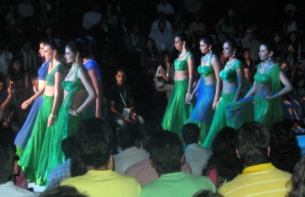 Indian models wearing jewels from Laxmi at IIJW in Mumbai