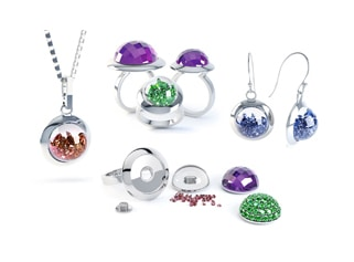 Eye-catching jewels top Editor's Choice at IJL 2011