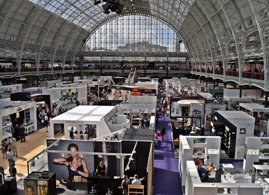 High visitor numbers at start of IJL trade fair in new Olympia venue