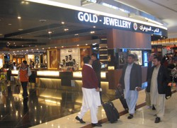 Global Gems, Jewellery and Diamond Features