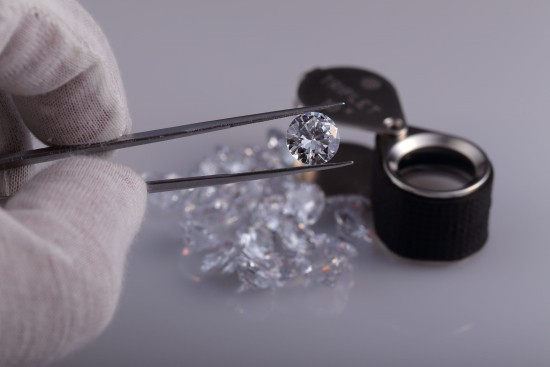 CMJ supplier Just Diamonds to offer non-certified melee and larger diamonds