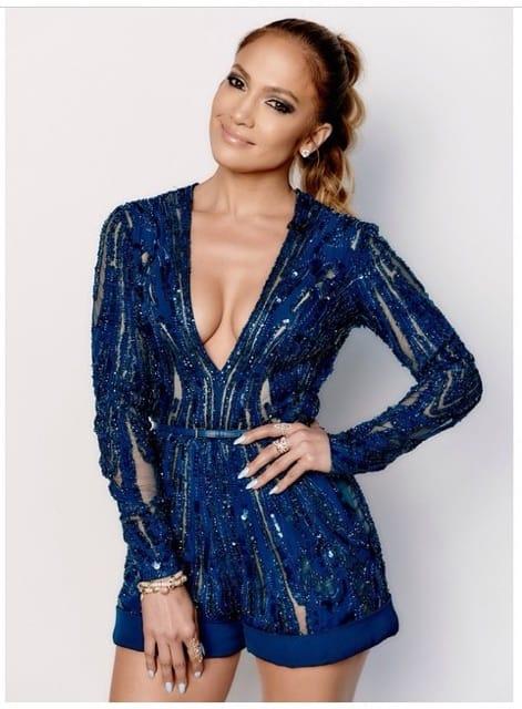 Jennifer Lopez wears Endless Jewelry on American Idol