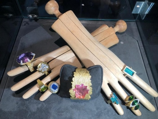 Impressive jewellery showcase seen at Masterpiece London