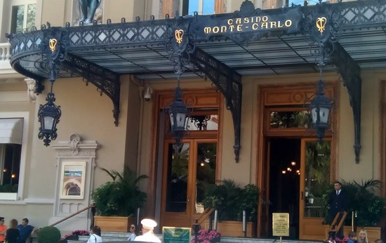 Luxury jewellers cluster around Monte-Carlo Casino