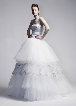 Domo Adami showcases bridal gown with platinum details, jewellery news, www.jewelleryoutlook.com