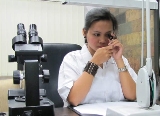 SGL to offer valuation services, coloured gemstone grading