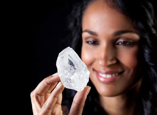 """Sotheby's to auction 1,109-carat """"Lesedi la Rona"""" in London on June 29"""