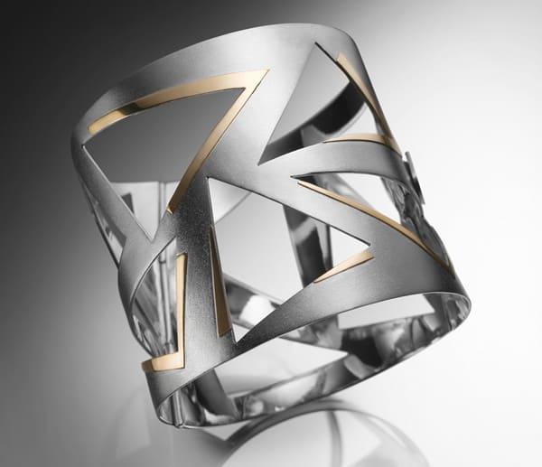 Brazilian designer Táta Moreno presents Frenesi collection