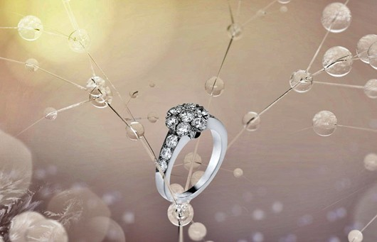 Jewellery News-Van Cleef and Arpels unveils Diamond Breeze