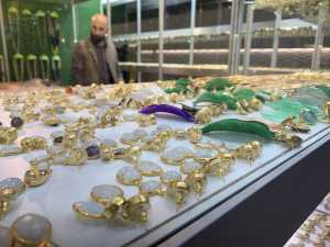 COMMENTARY-Strong order flow seen at Milan show HOMI Fashion&Jewels