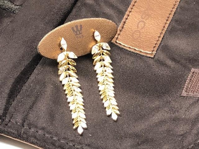 Gold jewellery image