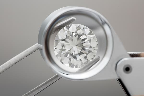 Diamond Price Index Firms Amid Slow Trade – Rapaport