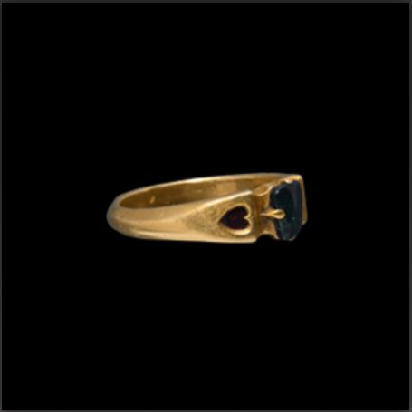"""AUCTIONS – """"Rare and important"""" late-medieval gold and sapphire ring, found by metal detector, is up for auction"""