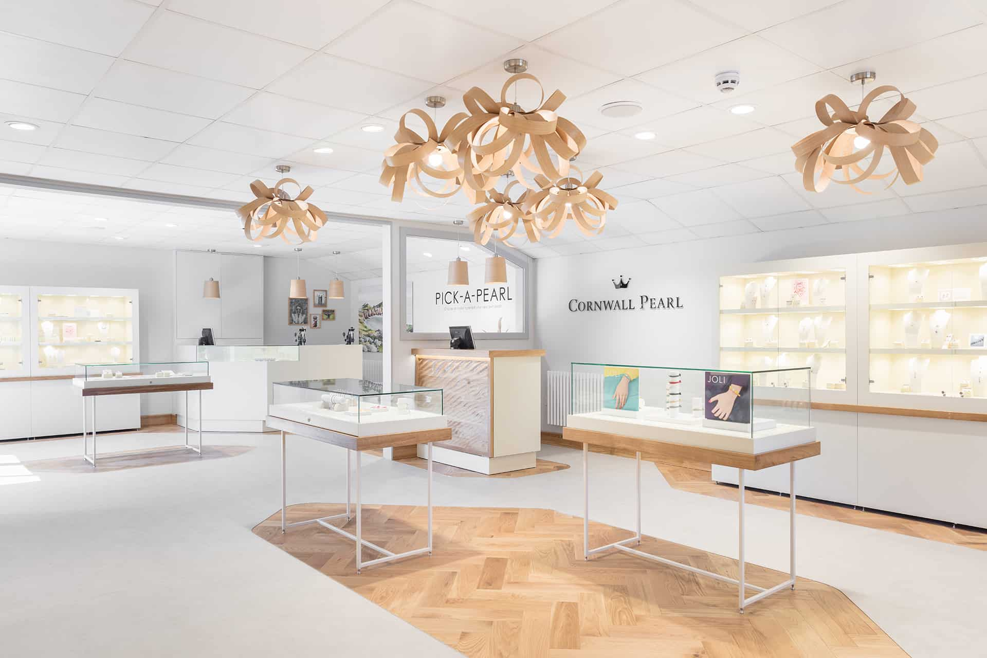innovative lighting solutions for retailers
