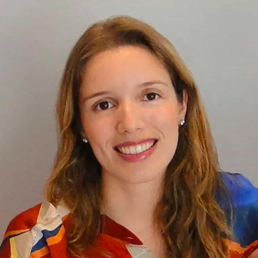 Manuela Soares