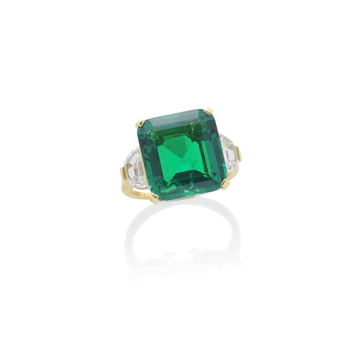 Top lot Bulgari emerald ring outperforms at Bonhams London Jewels sale