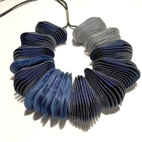 Necklace in fabrics and silver by Costanza Bielsa