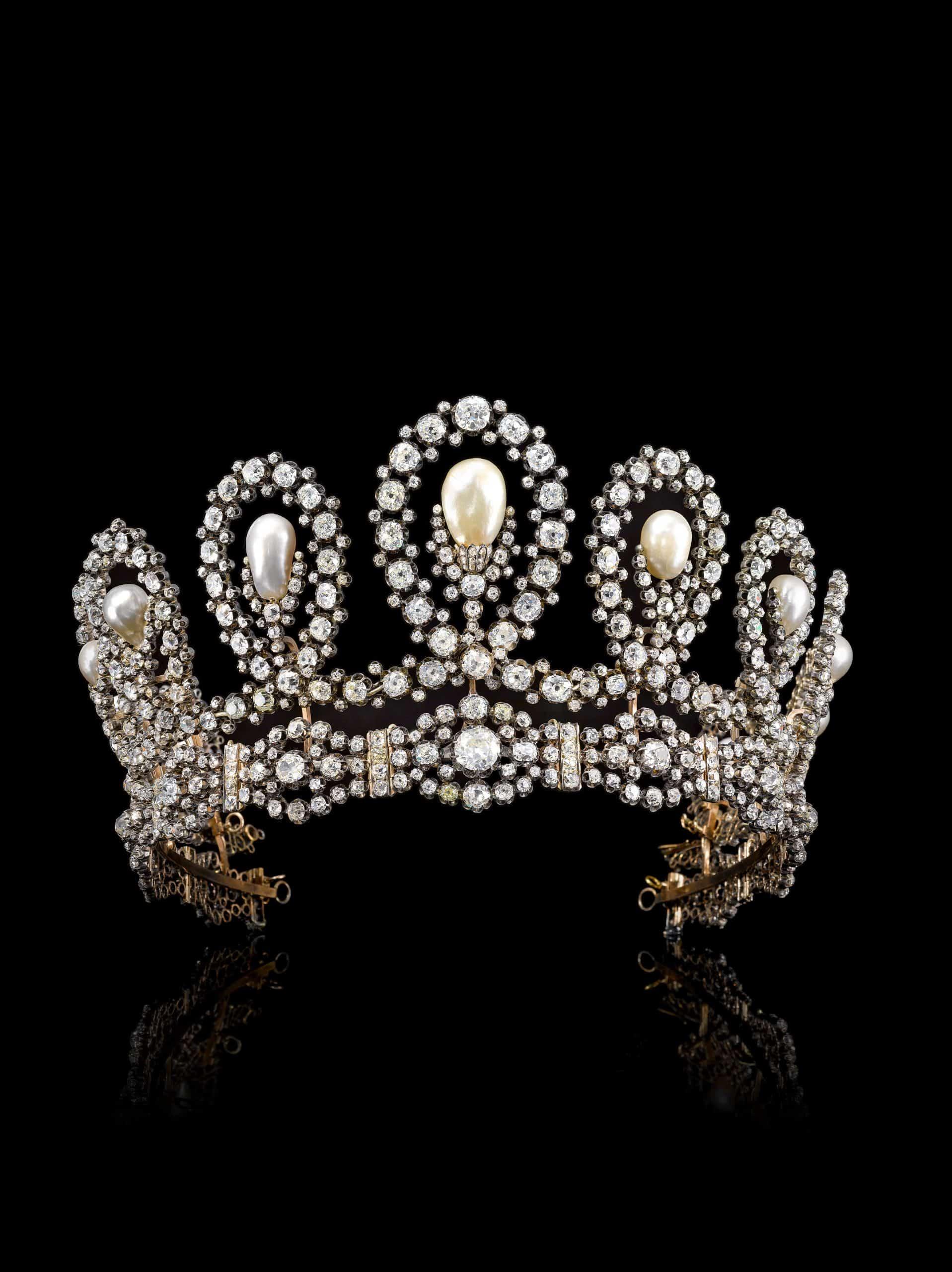 Royal Tiara in natural pearl and diamonds - Sotheby's Geneva