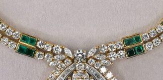Vintage emerald necklace