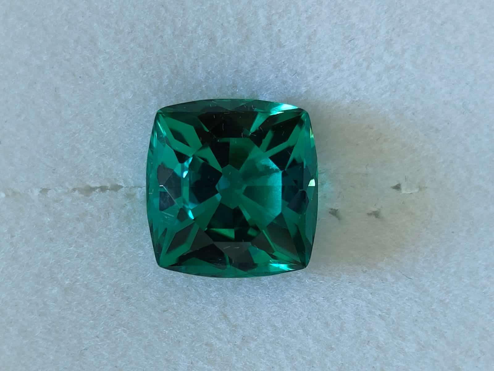10-ct blueish green tourmaline