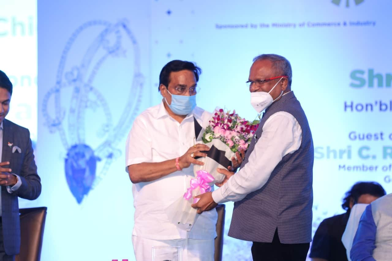 Chief Minister of Gujarat opens India Gem and Jewellery Awards