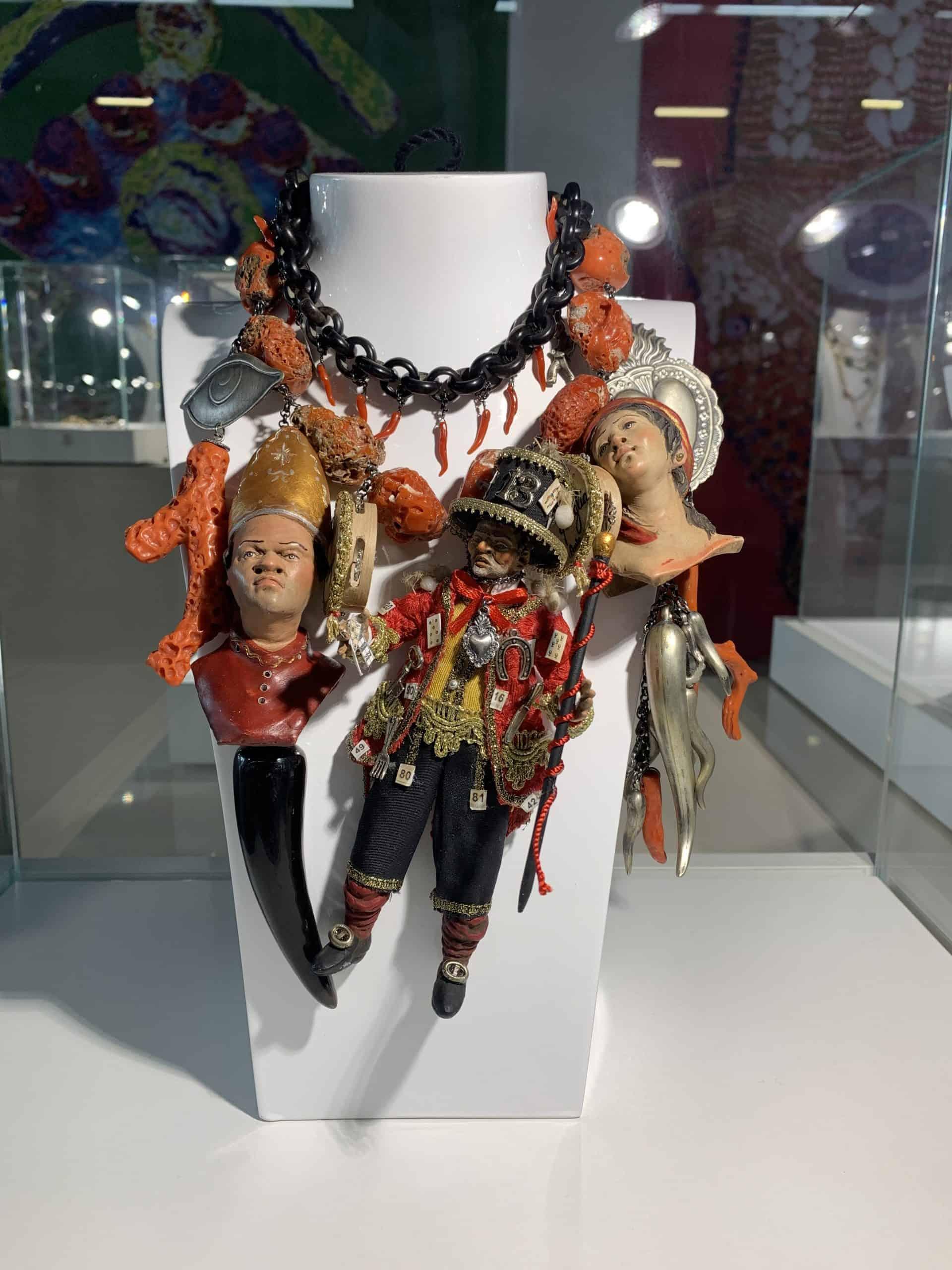 Amle; La Scio Scio, 2020; necklace