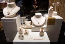 Fine jeweller Roberto Bravo